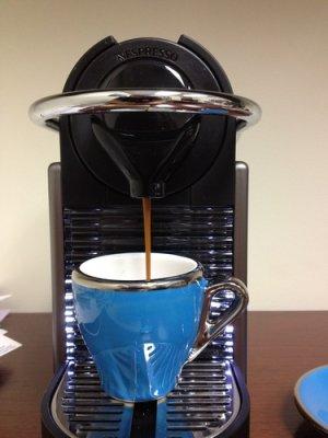 画像3: Nespresso Pixie Electric Espresso Machine